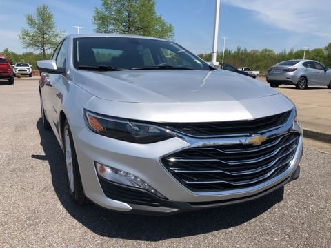 Pre-Owned 2019 Chevrolet Malibu LT Front Wheel Drive 4dr Car