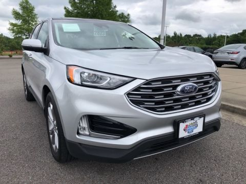Pre-Owned 2019 Ford Edge Titanium Front Wheel Drive SUV