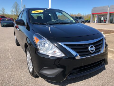 Pre-Owned 2019 Nissan Versa Sedan SV Front Wheel Drive Sedan