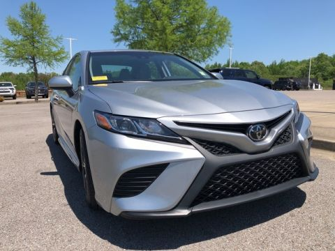 Pre-Owned 2019 Toyota Camry LE Front Wheel Drive Sedan