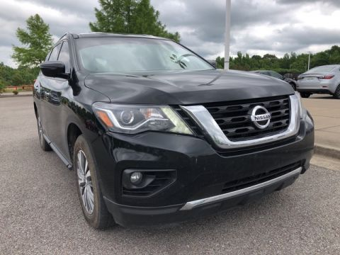 Pre-Owned 2018 Nissan Pathfinder SV Front Wheel Drive SUV